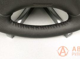 Шов ёлочка на перетянутом руле Citroen Berlingo 1 поколение (M49) рестайлинг 2011 - 1