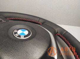 Перетянутый руль BMW X5 E70 2007 вид сбоку - 5