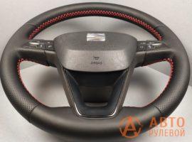 Перетянутый руль SEAT Leon 3 поколение 2013 вид сбоку - 3