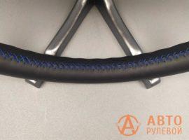 Шов синий крестик на перетянутом руле Hyundai ix35 1 поколение рестайлинг 2014 - 4