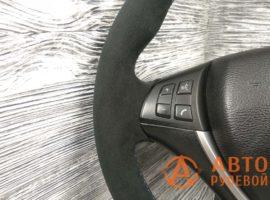 Перетянутый руль в кожу с алькантарой BMW X5 2 поколение (E70) 2007 - 1