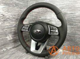 Перетянутый руль в кожу 2 Kia Cerato 4 поколение 2020 вид сбоку - 1