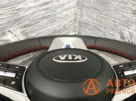 Перетянутый руль в кожу 2 Kia Cerato 4 поколение 2020 вид сбоку - 3