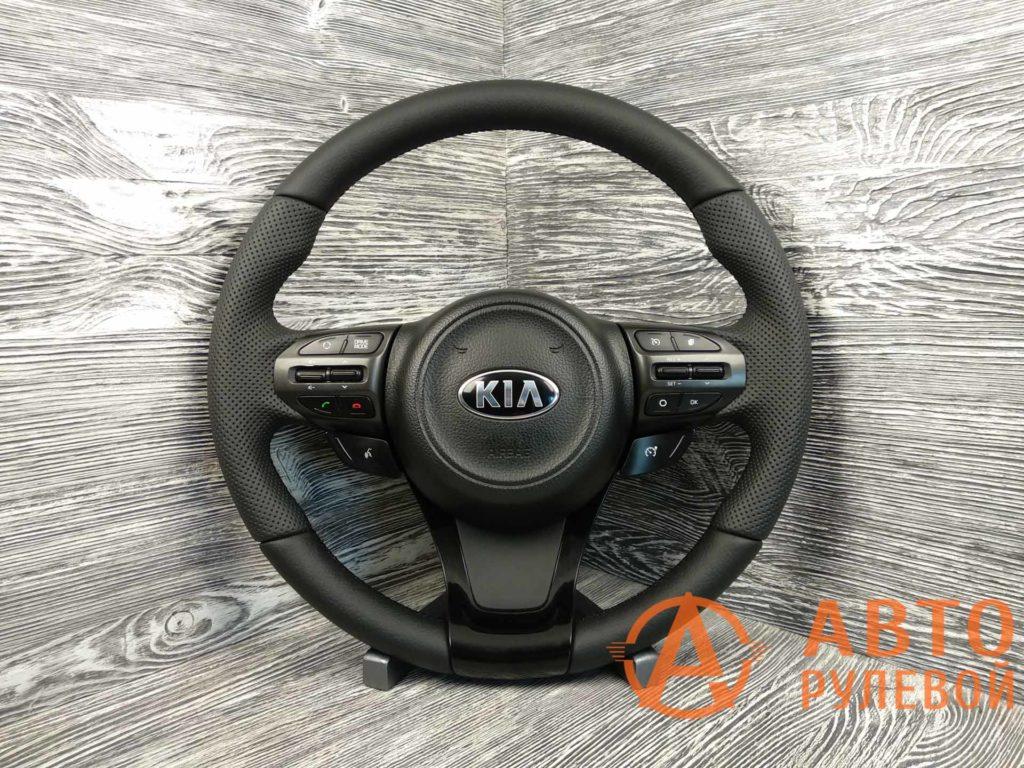 Перетянутый руль в кожу Kia Optima 3 поколение (TF) — рестайлинг 2014