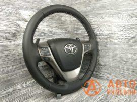 Перетянутый руль в кожу Toyota Avensis 3 поколение (T270) 2009 вид сбоку - 1