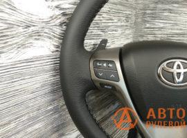 Перетянутый руль в кожу Toyota Avensis 3 поколение (T270) 2009 - 1