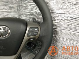 Перетянутый руль в кожу Toyota Avensis 3 поколение (T270) 2009 - 2
