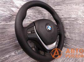 Перетянутый руль в экокожу BMW 1-Series 2 поколение (F20) 2011 вид сбоку - 3