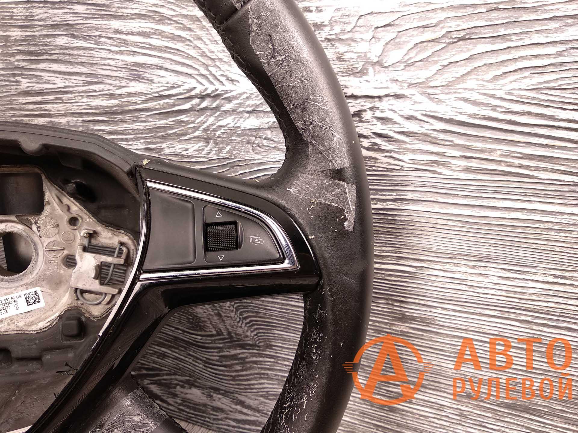 Руль Skoda Superb 2 поколение (3T) - рестайлинг 2015 до перетяжки - 1